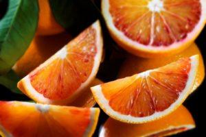 arancia-rossa-di-sicilia-spicchi